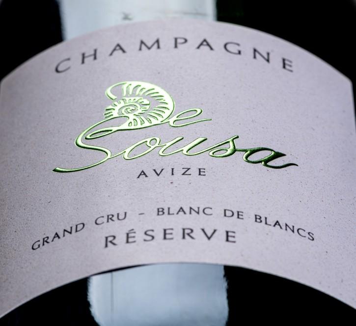 Etiquette Champagne : grande sélection de texture, de type et de couleur de papier